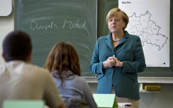 Lý do nước Đức hùng mạnh: Giáo viên được ví như chiến sĩ, lương, địa vị rất cao nhưng 30 tuổi mới được đứng bục giảng, nói không với 'chạy chọt'