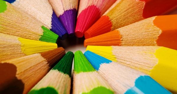 Đây là 6 bí kíp màu sắc giúp bạn thuyết trình thành công