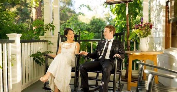 """Mark Zuckerberg hồi tưởng về sự kiện """"IPO chạy cưới"""""""