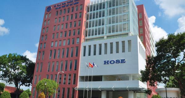 Thị trường chứng khoán Việt đạt giá trị giao dịch cao nhất lịch sử từ ngày thành lập
