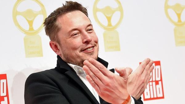 Công ty Nhạt nhẽo, đào đường hầm xuyên thành phố để tránh tắc đường của Elon Musk tung ra video dưới hầm đầu tiên
