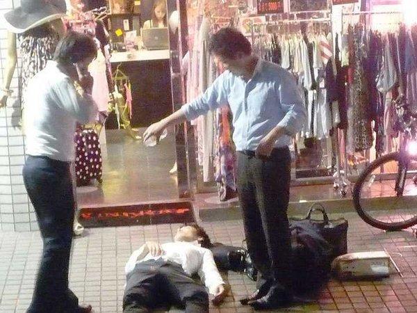 """Vì sao ở Nhật Bản, """"nhậu nhẹt"""" là văn hóa không thể thiếu trong kinh doanh?"""