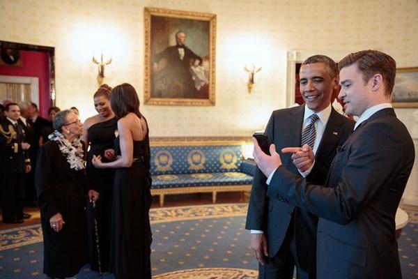Obama và tình bạn đặc biệt với những người nổi tiếng