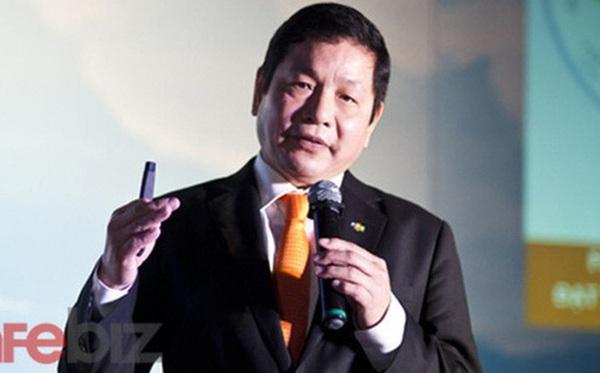 """Không phải lao động giá rẻ, ông Trương Gia Bình chỉ ra rằng giới """"cổ cồn"""" văn phòng mới là những người đầu tiên bị robot """"cướp việc"""""""