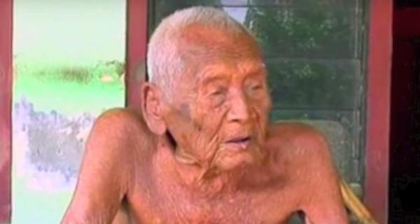 Chỉ cần 5 từ này, cụ ông già nhất thế giới đã sống tới 146 tuổi