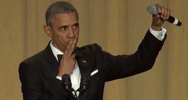 Không lo thất nghiệp, Obama được hãng nhạc mời làm việc