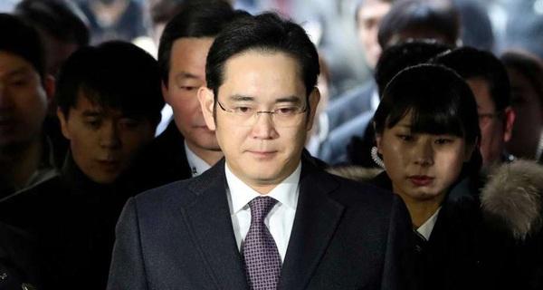 Hiểu tất tần tật 'vụ Phó Chủ tịch Samsung bị bắt' chỉ trong 5 phút