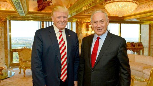 Tỷ phú Donald Trump và Thủ tướng Israel Benjamin Netanyahu tại nhà riêng của ông Trump.