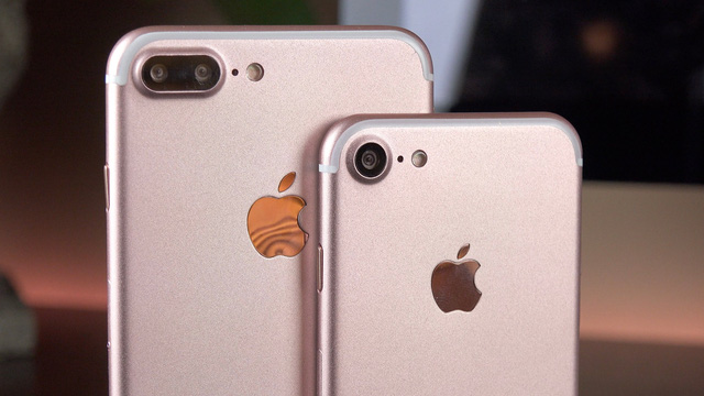iPhone 7/7 Plus và iPhone SE thể hiện sự lười thay đổi của Apple trong thiết kế sản phẩm.