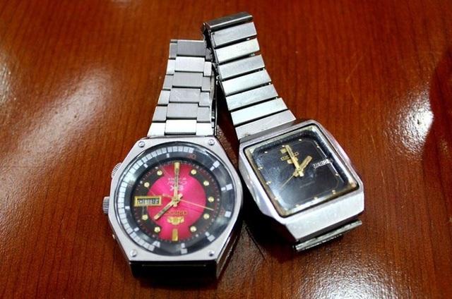 Orient SK Mặt lửa và Seiko 5 - vũ khí tán gái số 1 thời bao cấp.