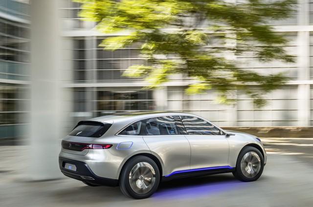 Dieter Zetsche, CEO của hãng xe Mercedes cho biết mẫu SUV được ra mắt tại triển lãm Paris Motor đã rất giống với bản thiết kế chính thức của họ.