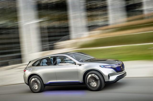 Cùng với sự ra mắt Mercedes EQ, giám đốc phát triển Thomas Weber cho biết tham vọng của Mercedes là sẽ đưa thêm 4 dòng xe điện nữa vào thị trường vào năm 2020.