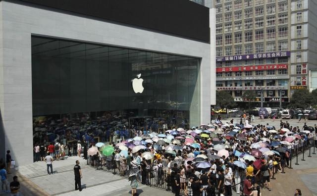 May hơn khôn, iPhone 7 và 7 Plus đang bị gọi là nhàm chán bỗng nhiên không còn ai là đối thủ