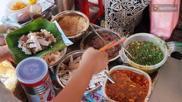 Món xôi cay đầy thú vị của cộng đồng người Hoa ở Sài Gòn.