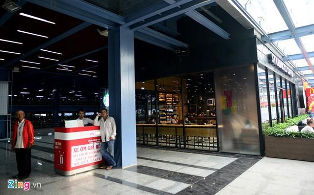 Nhà để xe 5 sao ở sân bay Tân Sơn Nhất - Ảnh 18.