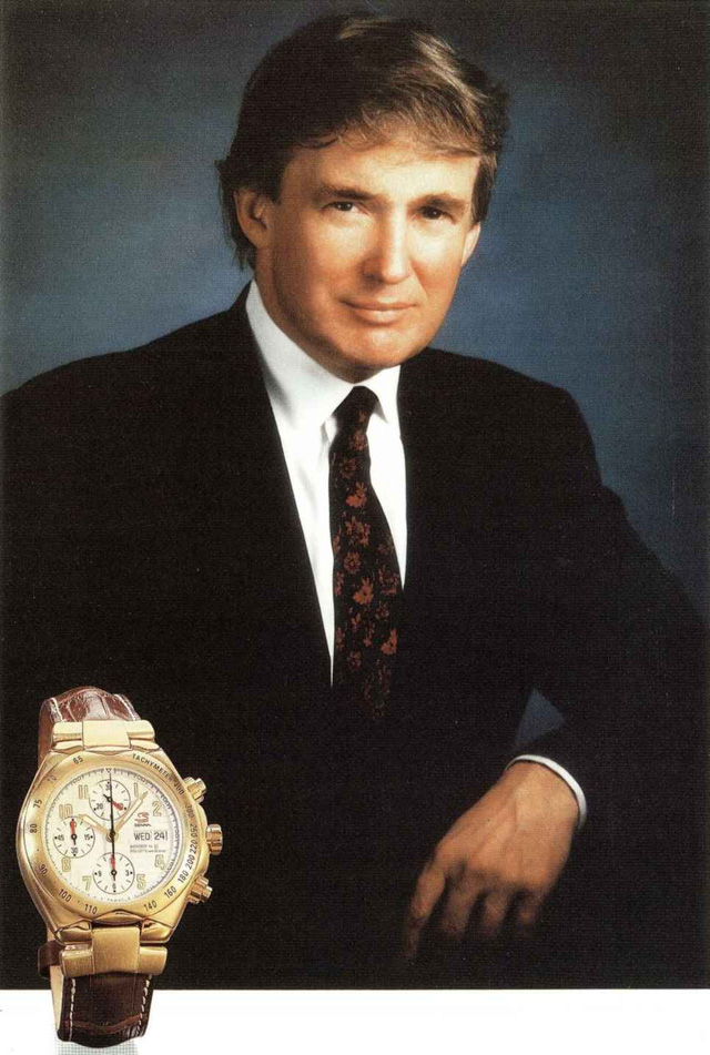 Chiếc đồng hồ Universal Genève Senna 198.310 mạ vàng 18K từng được ông Trump đem đi làm từ thiện
