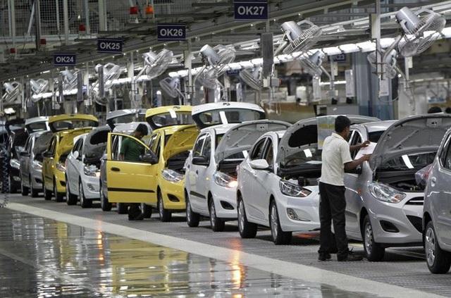 Liệu có hạn chế được xe nhập khẩu trong bối cảnh hiện nay?