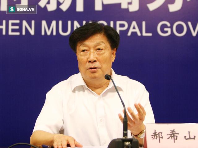 Ông Hách Hy Sơn, Viện sĩ, Hội trưởng Hiệp hội chống ung thư Trung Quốc, Viện trưởng Viện nghiên cứu Ung thư Thiên Tân (TQ)