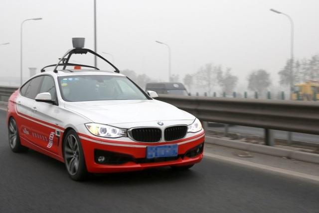 Xe tự lái do Baidu phát triển đang thực hiện chuyến đi thử nghiệm