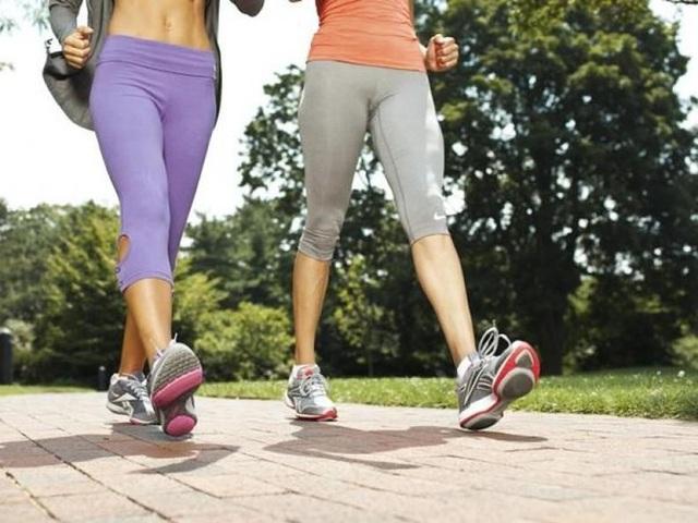 Do đó, không phải ngẫu nhiên mà đi bộ được mệnh danh là môn thể thao tốt nhất thế giới. (Ảnh minh họa).