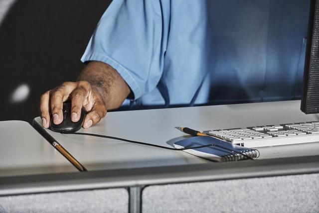 Last Mile Works cung cấp cho các sinh viên tốt nghiệp Code.7370 cơ hội thực hành thực tế ngay khi còn ở trong tù.