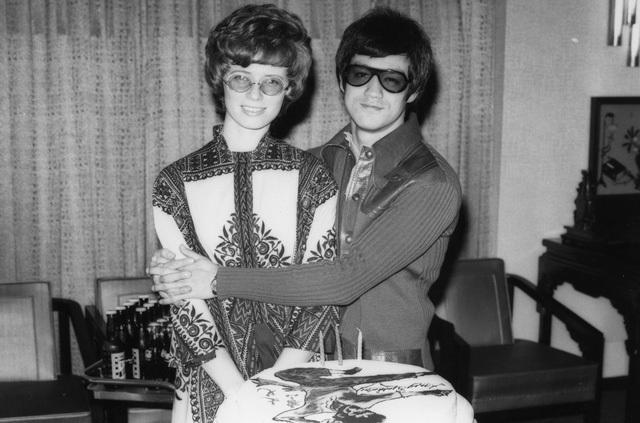 Lý Tiểu Long và vợ.