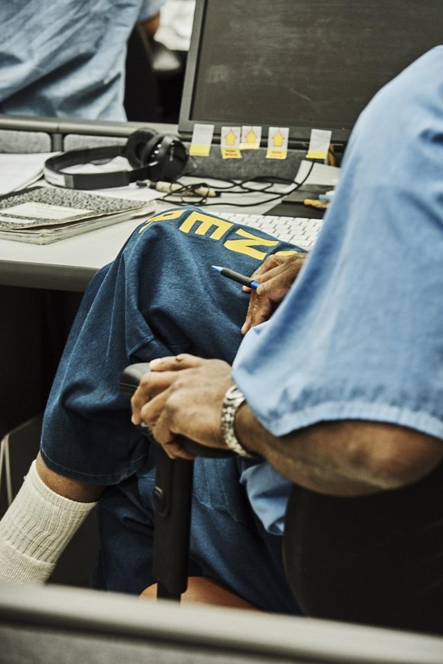 Tuy nhiên, chương trình này giúp tù nhân có tay nghề, dễ dàng kiếm việc làm khi hết hạn tù.