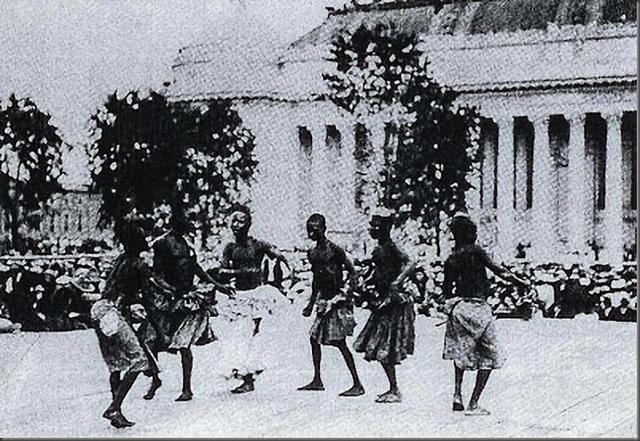 Những màn trình diễn nghệ thuật truyền thống.