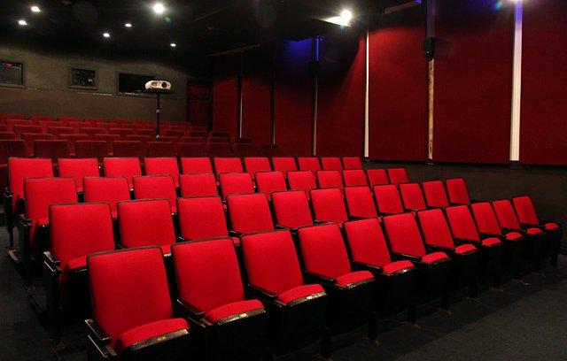 Bên trong rạp chiếu phim với sức chứa 89 ghế ngồi phục vụ những du khách quốc tế và người mê điện ảnh Việt Nam hơn 14 năm qua.