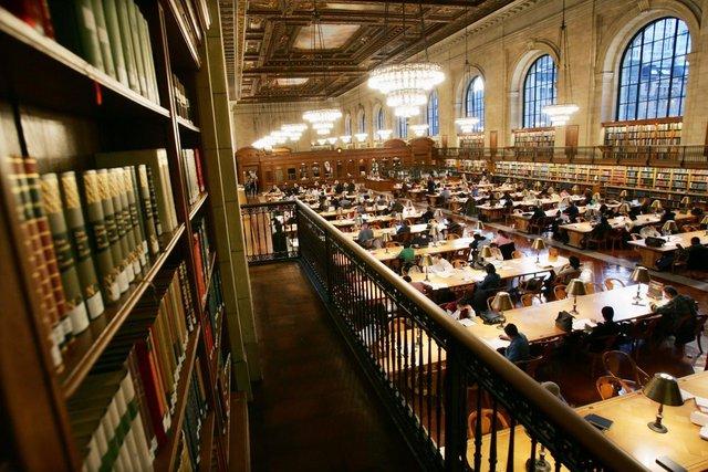 Thư viện công cộng New York. Ảnh: Reuters