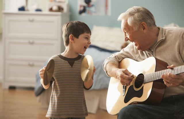 """Lợi ích thần kỳ của niềm tin hãy """"sống như ta 20"""": càng tin rằng mình trẻ, bạn càng thọ - Ảnh 3."""