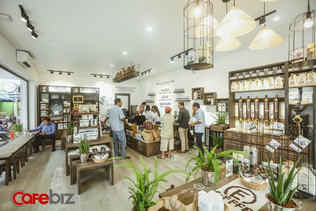 E-Coffee đang giúp Trung Nguyên từng bước lấy lại ngôi vị bá chủ chuỗi: Tốc độ đăng ký mở mới 10 cửa hàng/ngày, nhắm mốc 3.000 điểm bán trong năm tới, đã ký hợp đồng với đối tác tại Mỹ và Úc - Ảnh 1.