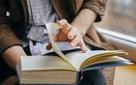 """5 loại sách """"phi thương mại"""" doanh nhân nên đọc"""