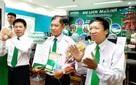 Tài xế taxi Mai Linh được thưởng nóng hơn 20 triệu đồng vì dũng cảm chặn tên cướp trên phố