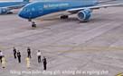 """Vietnam Airlines quảng bá bằng clip hát và nhảy """"Bống bống bang bang"""": Xa rời """"bản sắc"""" hay chỉ làm cho... vui?"""