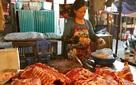Mua 2 triệu bán 6 triệu: Lái lợn lãi đậm, dân nuôi phá sản