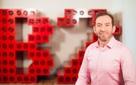 Từ một công ty phải dùng server đóng bằng gỗ, startup này đã thu về 20 triệu USD/năm mà không cần nhận vốn đầu tư như thế nào?