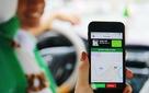 Cạnh tranh với Uber và Grab, ứng dụng của 7 hãng taxi Việt Nam không nâng giá vào giờ cao điểm