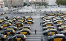 Giá giấy phép taxi tại Barcelona tăng 500% và cuộc chiến giữa taxi truyền thống với Uber