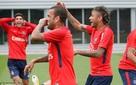 Vì sao giá các cầu thủ bóng đá như Neymar, Ronaldo,... lúc nào cũng cao ngất ngưởng?