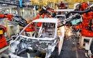 Ai đang cướp đi việc làm của công nhân ô tô Mỹ?