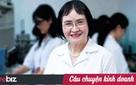Mang 3 con vào đại học, sang Mỹ với 500 USD và 1 thùng mỳ, nhà khoa học nữ liều lĩnh này đã mang sơn Việt đi khắp 5 châu
