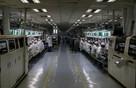 Bên trong nhà máy sản xuất bo mạch PC ở Trung Quốc