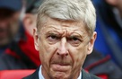 Coi nhân viên là gánh nặng, Arsene Wenger và Arsenal phải nếm trái đắng