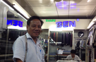 """Triết lý kinh doanh của ông chủ tiệm may 30 năm ở Sài Gòn sẽ làm những doanh nhân chỉ thích """"ăn xổi"""" phải ngả mũ"""