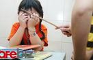 Tại sao bố mẹ Việt cứ bắt con học đủ cầm kỳ thi họa trong khi bản thân cả tuần không sờ đến cuốn sách, nói một câu tiếng Anh?