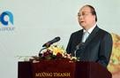 Thủ tướng khuyên các nhà đầu tư ở Nghệ An: Đừng sớm nắng chiều mưa, lúc trồi lúc sụt