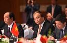 Thủ tướng Việt Nam-Nhật Bản đồng chủ trì tọa đàm với doanh nghiệp