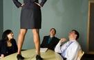 """Làm sếp không phải lúc nào cũng """"thét ra lửa"""", nhân viên cần lãnh đạo vừa biết """"điều binh khiển tướng"""" vừa khiến họ """"tâm phục khẩu phục"""""""