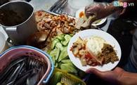 Cửa hàng bánh mì bán 2.000 chiếc/ngày ở phố cổ Hà Nội